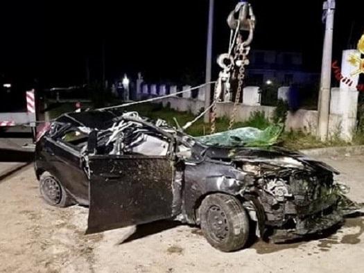 Trebaseleghe: carabinieri sul luogo dell'incidente. Travolti da un'altra auto nello stesso punto