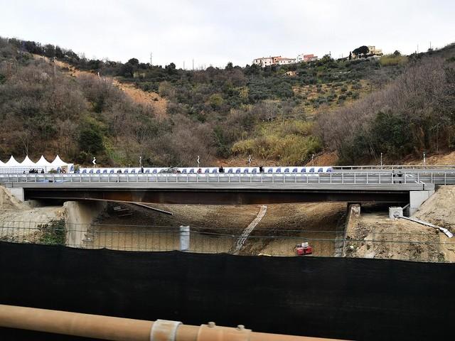 Frana per pioggia sull'A6, chiuso viadotto vicino Savona