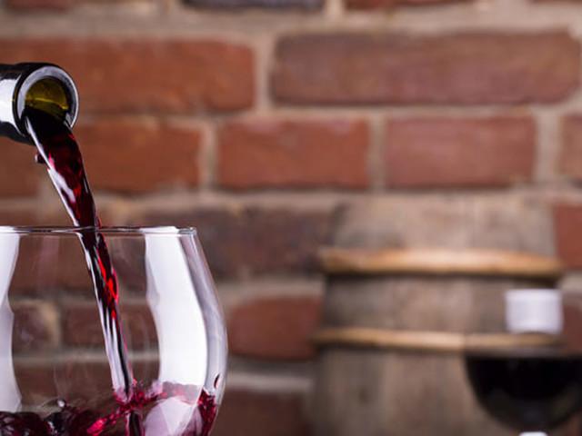 'Wine e blues' a Castelluccio dei Sauri: musica e degustazione di prodotti tipici