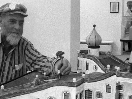 Cosa fece Friedensreich Hundertwasser