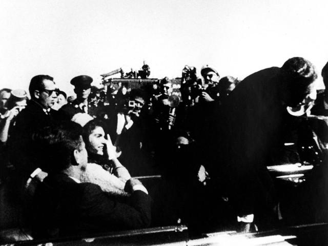 """""""Jfk, mafia e Vietnam. Sfato il mito dell'America anni '60"""""""