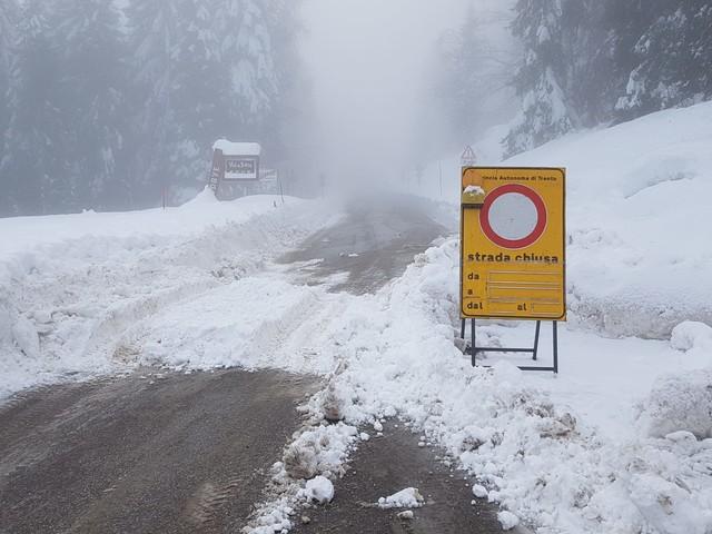 Maltempo: tornano da stasera pioggia e neve Ecco tutte le strade e i Passi ancora chiusi Utilizzare il numero «112» solo per le emergenze