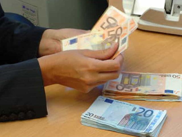 Coniugi catanesi indebitati, Tribunale blocca decreto ingiuntivo di una finanziaria