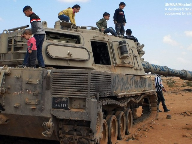 La Libia inquinata da mine, trappole esplosive e armi abbandonate