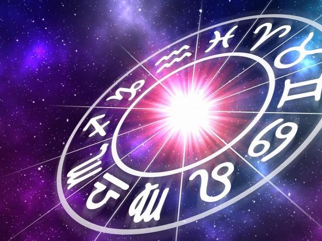 L'oroscopo di mercoledì 23 ottobre: Mercurio in Scorpione, Sagittario in rialzo