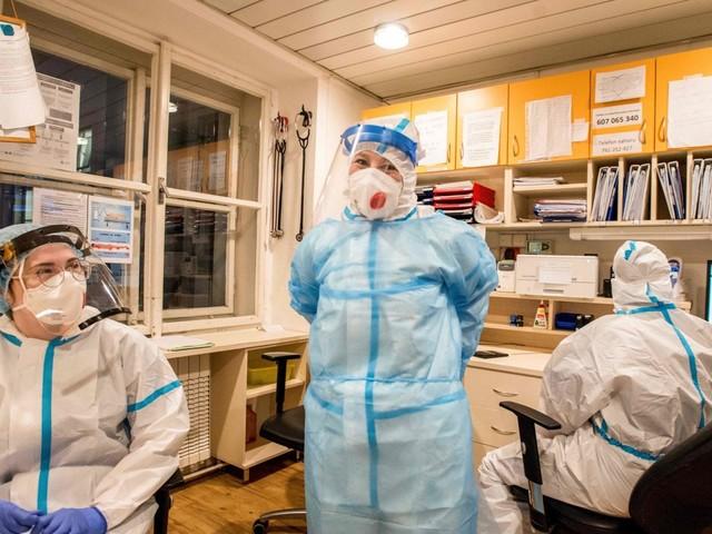 """Mascherine, farmaci antivirali e terapie intensive: pronto il piano pandemico 2021-2023. """"Se risorse sono scarse scegliere chi curare prima"""""""