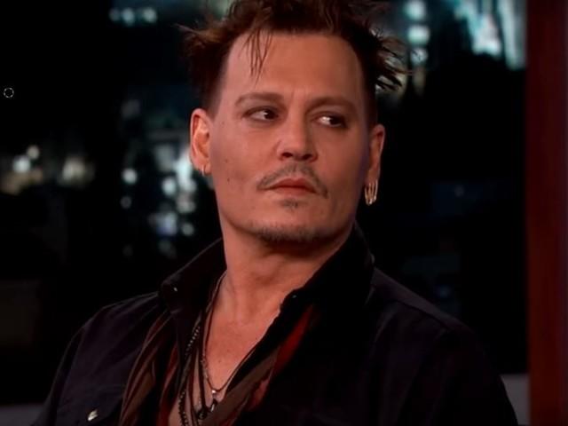Johnny Depp: per colazione 4 strisce di cocaina e un bicchiere di whisky