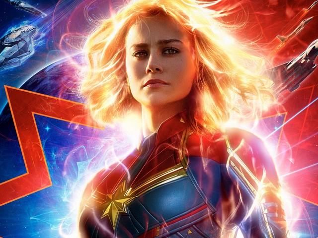 Captain Marvel: la scintillante armatura dell'eroina al centro di un nuovo poster