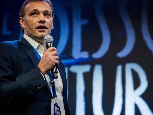 """Matteo Richetti, intervista Huffpost: """"Ricostruzione sentimentale e non rottamazione"""""""