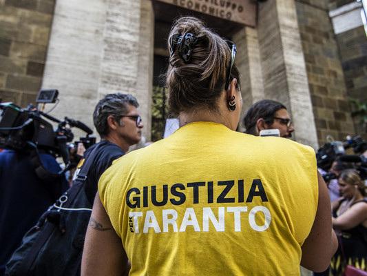 Diossina e cassa integrazione: il doppio allarme che avvelena l'aria di Taranto
