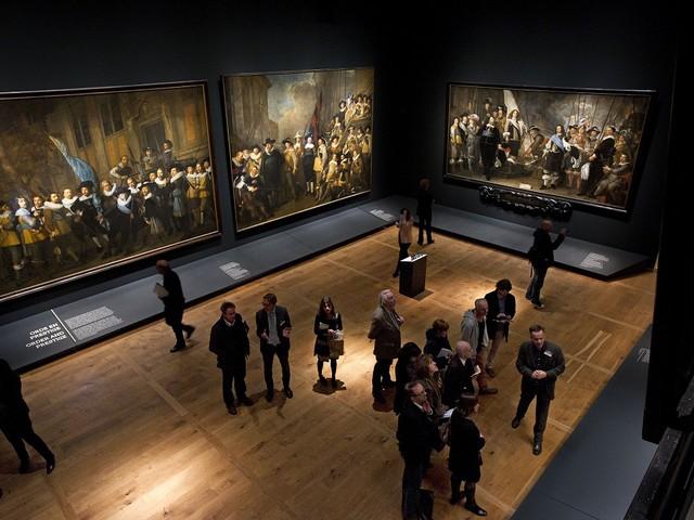 """L'Amsterdam Museum non utilizzerà più l'espressione """"Golden Age"""". Bandita da mostre e didascalie"""