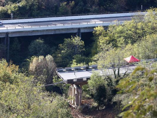 Cosa sappiamo del crollo del viadotto sulla A6
