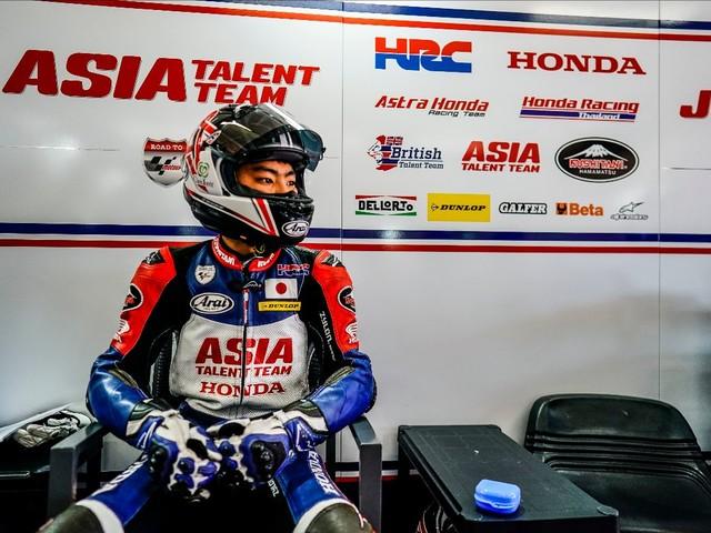 Takuma Matsuyama debutta in Moto3 a Le Mans