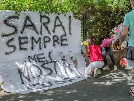 Roma, schianto nella notte a Tor Marancia: morta una 18enne, un ferito grave