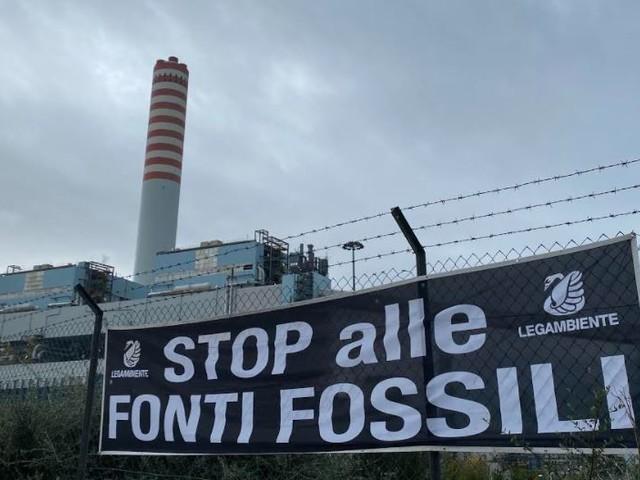 Legambiente: «Un netto NO alle due nuove centrali a gas previste a Vado Ligure e Civitavecchia»