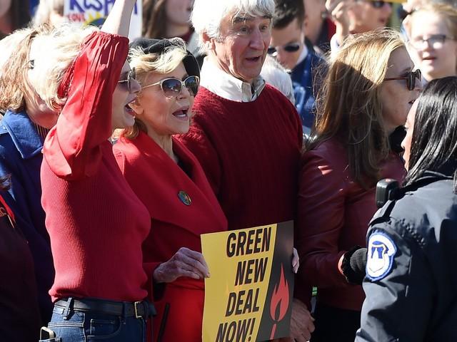 """Jane Fonda: """"Io come Greta, mi farò arrestare ogni venerdì"""""""