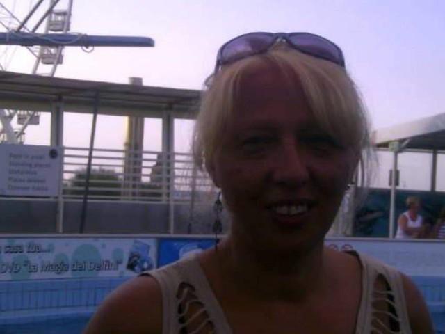 Milano, donna trovata morta in casa: il marito fugge dalla polizia