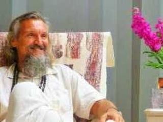 Koh Tao: La polizia indagando sulla morte della donna belga scopre che il guru ha lasciato la Thailandia