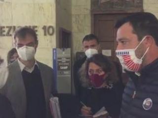 """Salvini in tribunale a Milano: """"Non voglio litigare con nessuno"""""""