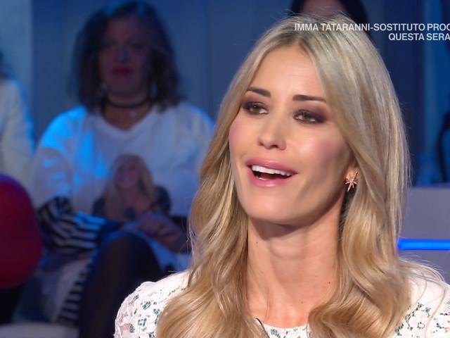 """Elena Santarelli a Domenica IN sul figlio Giacomo: """"Con quello che ha passato non può subire anche la stupidità degli hater sui social"""""""