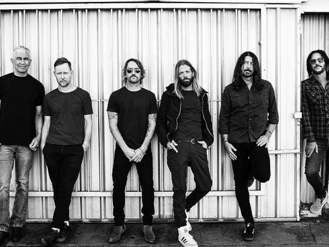 I Foo Fighters cantano per Joe Biden: la versione di Times Like These dedicata agli insegnanti