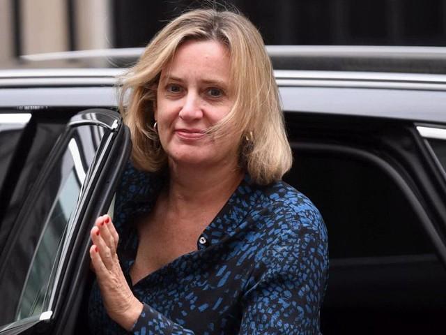 """Brexit, si dimette la ministra del Lavoro Amber Rudd: """"Da Johnson atti di vandalismo politico"""""""