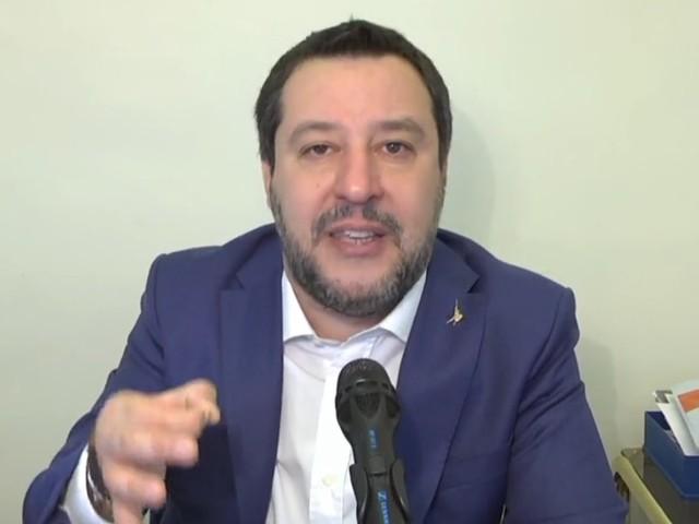 """Salvini: """"Voto per uscire dalla Ue? Assolutamente comprensibile"""""""