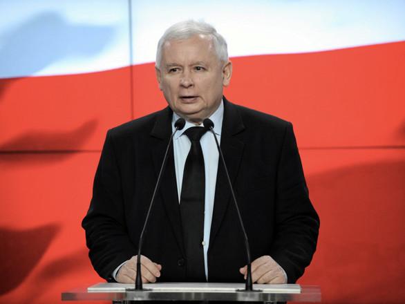 Polonia, l'Ue tifa per l'opposizioneMa il nazionalista Kaczynski è favorito