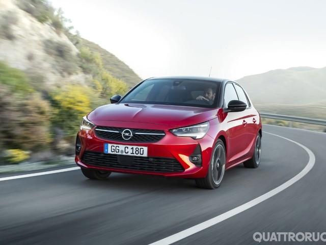 Opel - Svelati i motori della Corsa