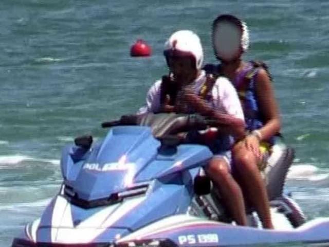 Il figlio di Salvini sulla moto d'acqua della polizia, la Procura di Ravenna apre un fascicolo