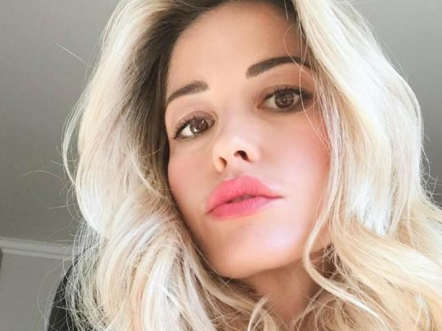 """""""Certe cose possono tornare"""": orrore contro Elena Santarelli e il figlio Giacomo"""