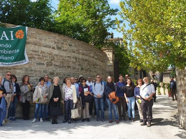San Severino, delegati regionali del Fai alla scoperta delle ville storiche nella terra dei Salimbeni (FOTO)