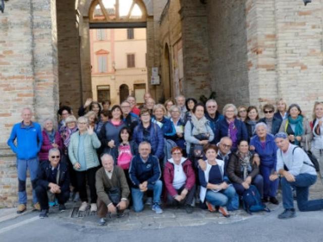 """Trekking urbano a Treia: il Cai Montefeltro alla scoperta della """"Terra del cuore e del sogno"""""""