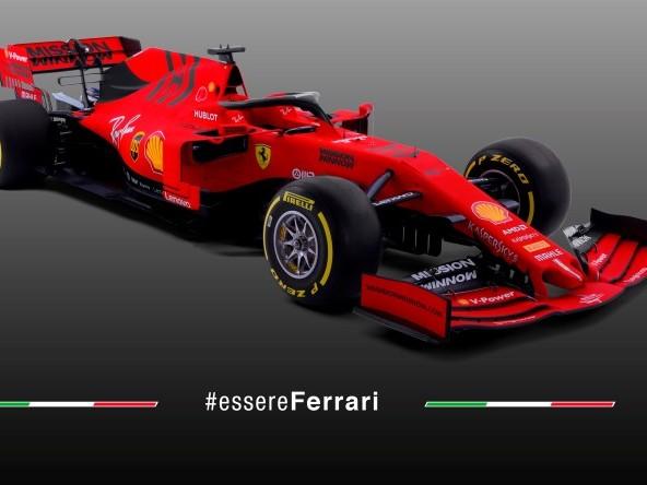Tutti gli scatti della Ferrari SF90 – FOTO