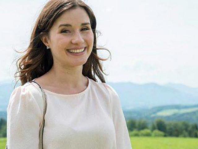 Tempesta d'amore, anticipazioni tedesche: Alicia rivela al marito di aspettare un bambino
