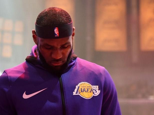 NBA, ispirarsi e meditare insieme a LeBron James: da ora è possibile