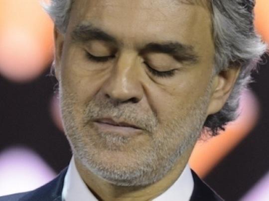 """Andrea Bocelli, paura in volo per il tenore: """"Sono sconvolto"""""""