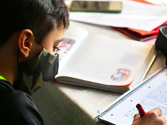 Quarantena a scuola e nuove regole anti DAD: quali sono e cosa cambia