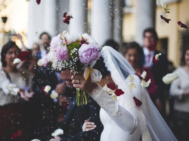Napoli: multa al ristorante (e agli sposi) per un matrimonio con 30 invitati