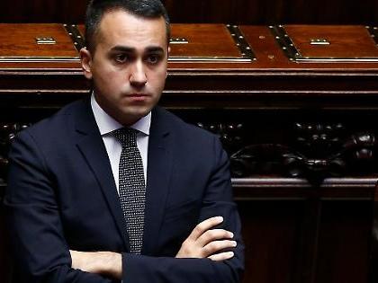 """Luigi Di Maio ha i nemici in casa. """"Piano kamikaze"""", la voce dal cuore del Movimento 5 Stelle"""