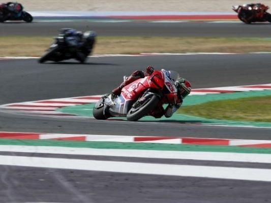 MotoGP in tv, orari GP Catalogna 2020: programma FP4 e qualifiche, streaming TV8, DAZN e Sky