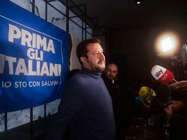 """Salvini dà la scadenza a Conte: """"Durerà solo qualche mese..."""""""