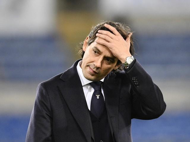 """Rabbia Lazio, Inzaghi: """"L'arbitro ha deciso la partita"""". Tare: """"Uno scandalo"""""""