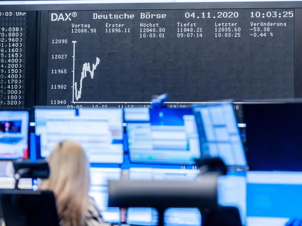Borsa: Europa apre in rialzo, Francoforte +0,74%