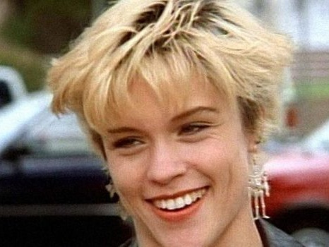 Emily Valentine nel revival di Beverly Hills 90210? Christine Elise ha detto sì
