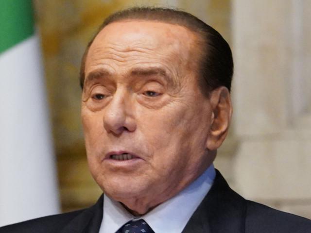"""Silvio Berlusconi paladino dei diritti liberali: """"Sacri e inviolabili"""", ma sul Ddl Zan ha alzato un muro"""