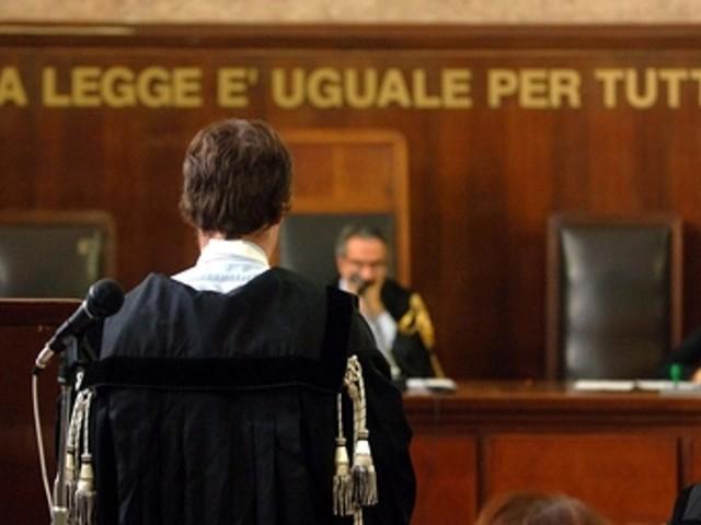 Gara d'appalto per l'ampliamento del cimitero di Francavilla, 7 persone rinviate a giudizio