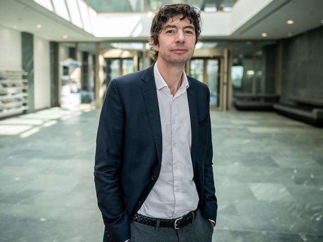 """Il virologo star della Germania propone il """"lockdown corto"""""""