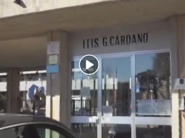 """Pavia, spray al peperoncino al liceo. Studenti raccontano: """"Tossivamo e gli occhi bruciavano"""" VIDEO"""