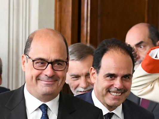 Da Zingaretti tre condizioni 'non negoziabili' per un governo col M5s. 'Stupore' dei renziani